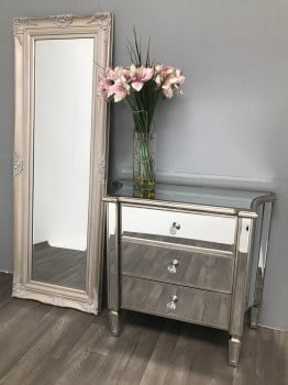 Glass 3 drawer mirrored chest of drawers