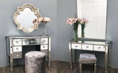 Mirrored dressing table with drawers: Ideal for Wedding & Other Occasions